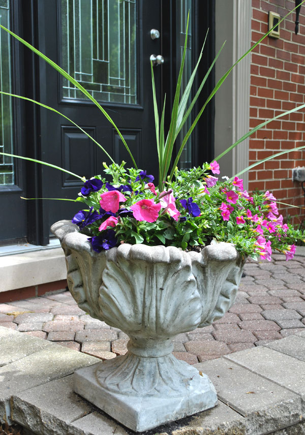 front-porch-flowers