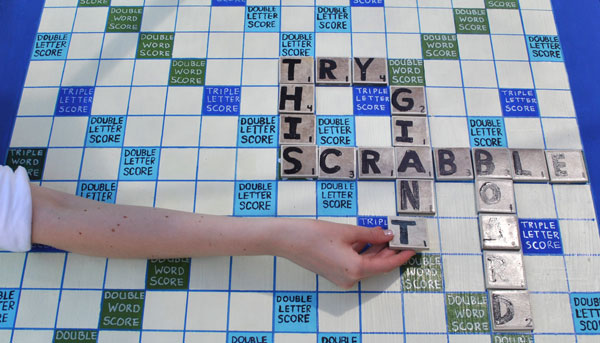 diy-scrabble-board-2